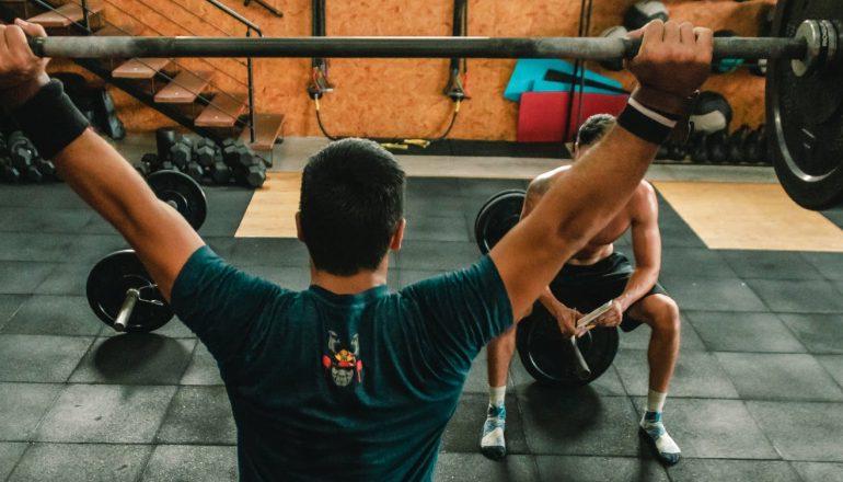 trening osobisty w centrum treningowym